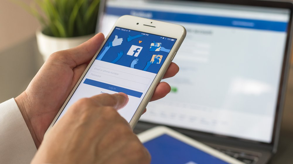 As Facebook Scandals Grow, Should Small Businesses Rethink Using the Site?